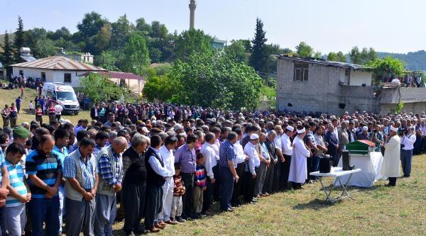 Soma Şehidi, Adana'da Gözyaşlarıyla Uğurlandı
