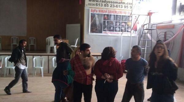 Soma'da Avukatlar Kelepçelenip Gözaltına Alındı