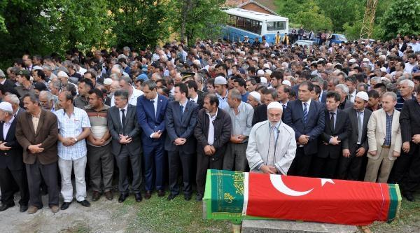 Soma'da Ölen Zonguldaklı 3 Madenci Toprağa Verildi (2)