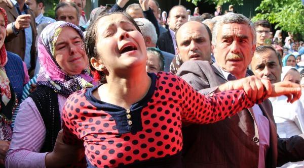 Soma'da Ölen Zonguldaklı 3 Madenci Toprağa Verildi (3)