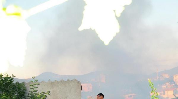 Soma'da Yangın İki Aileyi Evsiz Bıraktı