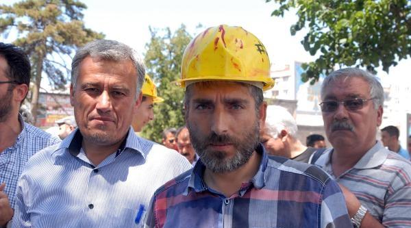 Somalı 2 Madenci Kayseri'deki İmza Kampanyasına Destek Verdi
