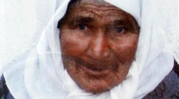 Şömine Ateşinde Yanan Kadin Yaşam Savaşini Kaybetti