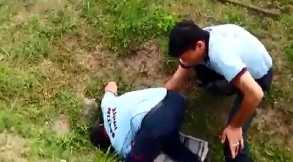 Su Kanalına Sıkışan Köpeği İtfaiye Kurtardı