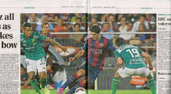 Suarezli Barcelona Sahaya Çikti Haberinin Fotoğrafı