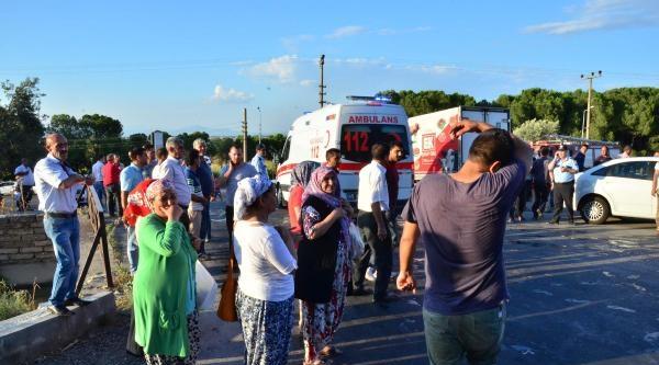 Sulama Kanalına Düşen Balon 2 Kardeşi Canından Etti