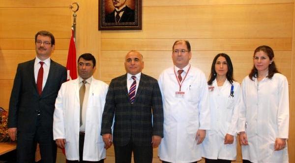 Süleyman Demirel Üniversitesi'nde Ilk Kornea Nakli