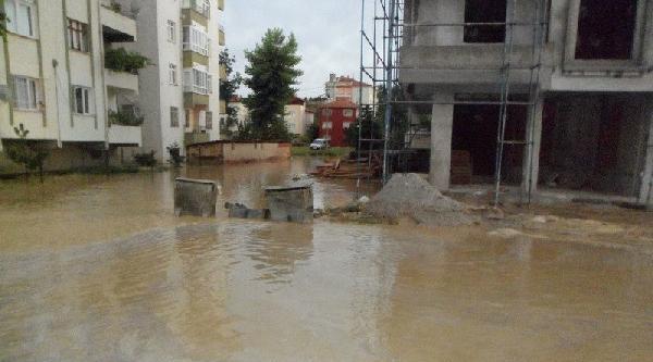 Sungurlu'da 150 Ev Ve İşyeri Sular Altında Kaldı