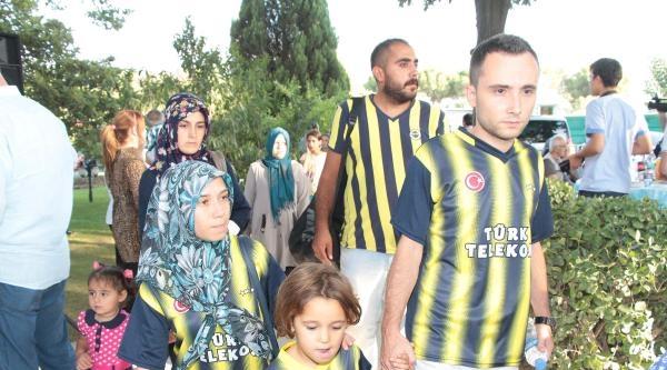 Süper Kupa Öncesi Madenci Aileleri Yemekte Buluştu