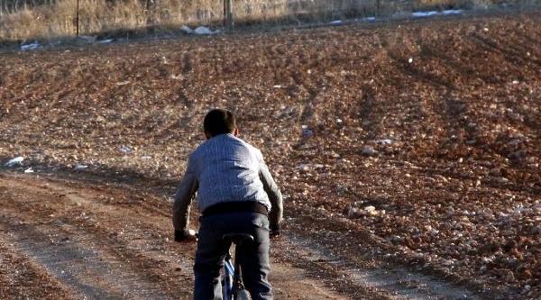 Suriye Sinirina Tank Sevkiyati