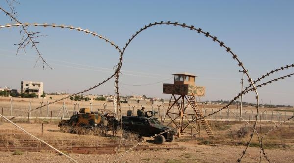 Suriye Sınırında Sessizlik Hakim