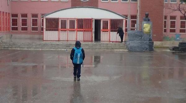 Suriye Sinirindaki Akçakale'de Hayat Normale Dönüyor