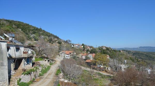 Suriye Sınırındaki Türk Köyü Önlem İçin Boşaltıldı (2)