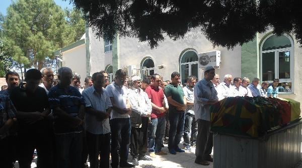 Suriye'de Öldürülen Pyd'li Kahta'da Toprağa Verildi