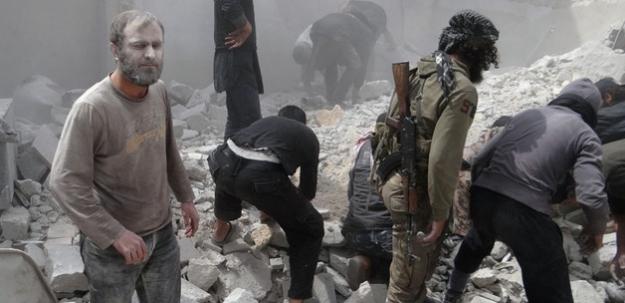 Suriye'de pazar yerine hava saldırısı: 20 ölü!