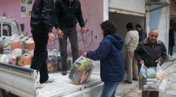 Suriye'deki 200 Aile Yardim Gönderildi