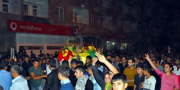 Suriye'den Nusaybin'e Getirilen Cenazede 'otopsi' Yüzünden Olaylar Çikti (2)