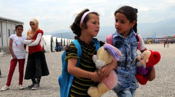 Suriyeli 7 Bin Çocuğa Oyuncak Dağıtıldı