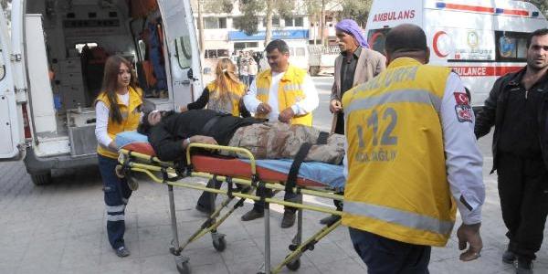 Suriyeli 7 Yarali Akçakale'ye Getirildi