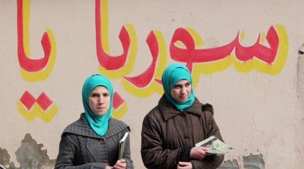 Suriyeliler Kiraladiklari Evi Okula Dönüştürdü