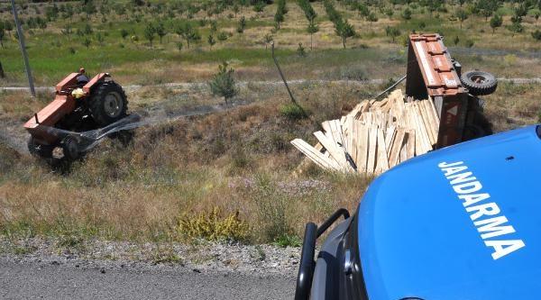 Sürücü Direksiyon Başında Uyukladı Traktör Askeri Alana Girdi