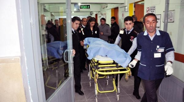 Sürücü Fren Yerine Gaza Basti; 1 Çocuk Öldü
