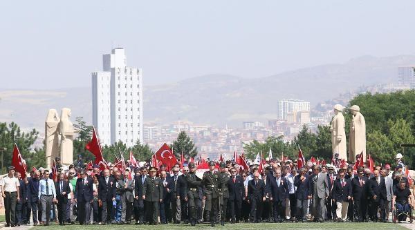 Tahliye Olanlar, Ankara'ya Çikarma Yaptı