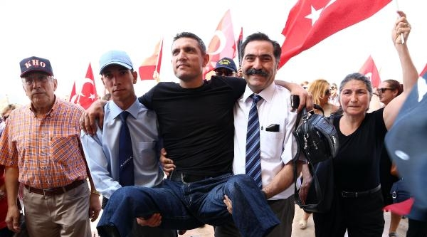 Tahliye Olanlar, Ankara'ya Çikarma Yaptı / Ek Fotoğraflar