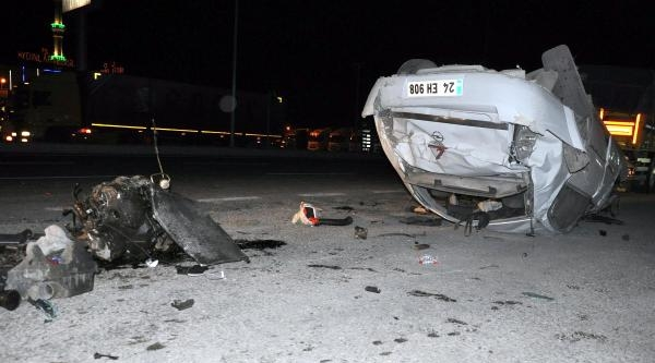 Takla Atan Araçta 3 Kişi Yaralandı