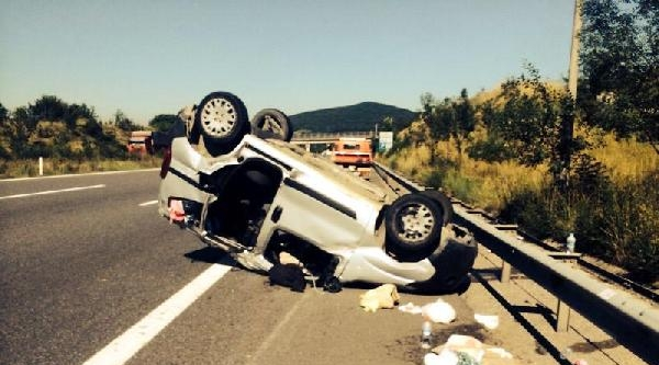 Takla Atan Araçtaki 6 Kişi Yaralandı