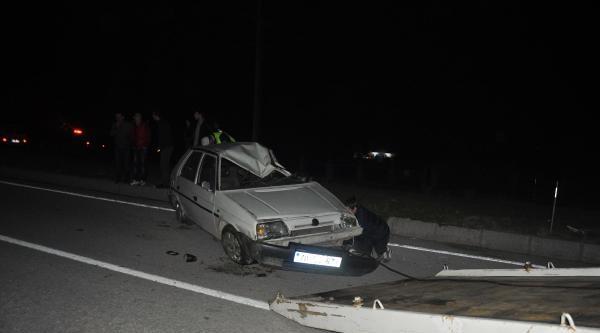 Taklalar Atan Otomobilin Sürücü Ağır Yaralandı