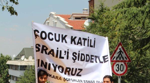 Taksicilerden İsrail Büyükelçiliği Önünde Protesto