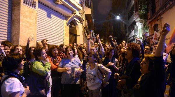 Taksim Dayanışması Üyeleri Taksim'den Ayrıldı