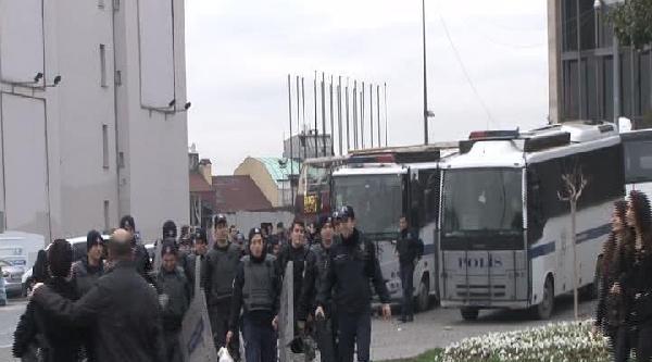 Taksim Gezi Parkı Kapatıldı // 1