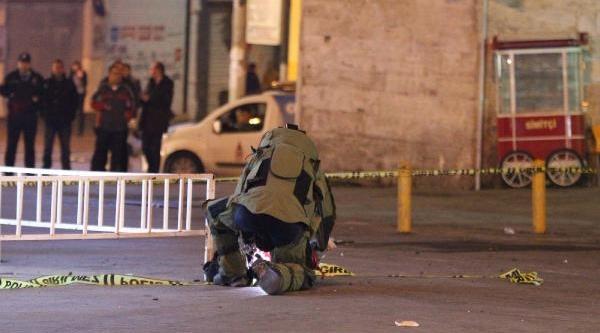 Taksim Meydani'nda Sirt Çantasi Paniği