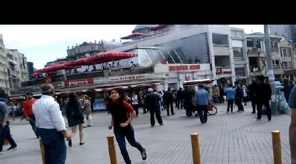 Taksim Meydanı'ndaki Büfede Yangın