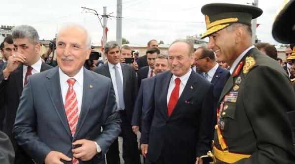 Taksim'de 30 Ağustos Zafer Bayramı Töreni