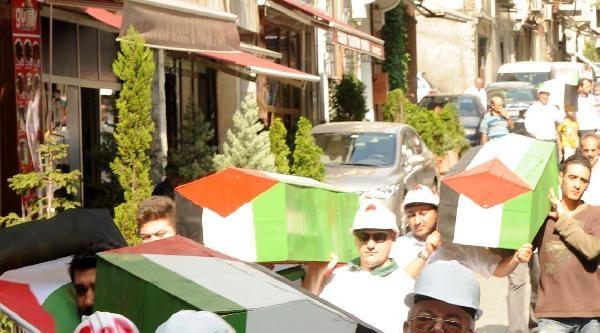 Taksim'de Gazze'ye Destek Gösterisi