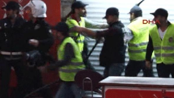 Taksim'de iyi polis, kötü polis...