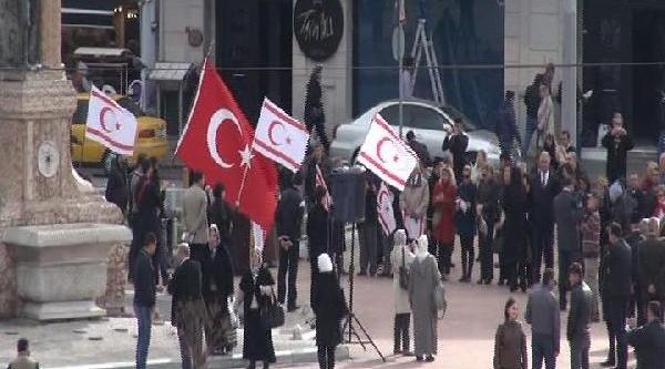 Taksim'de Kktc Töreni