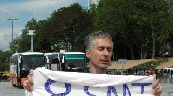 Taksim'de Tek Kişilik Eylemler