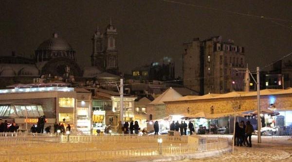 Taksim'den Kartpostallik Kar Manzaralari