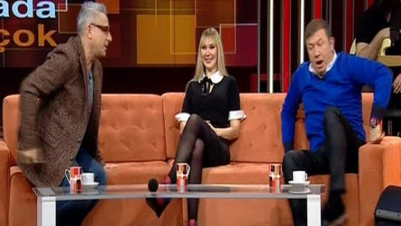 Tanju Çolak ile Mehmet Ali Erbil arasında top polem