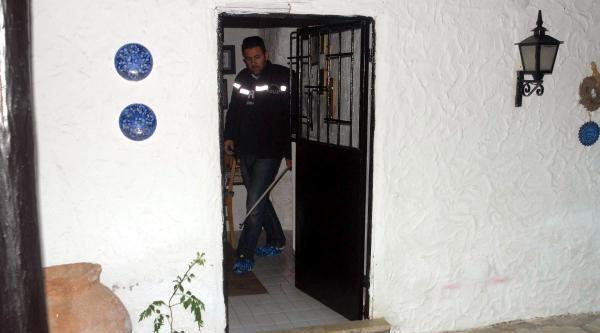 Tansu Çiller'in Evini Soyanlardan 1'i Yakalandı