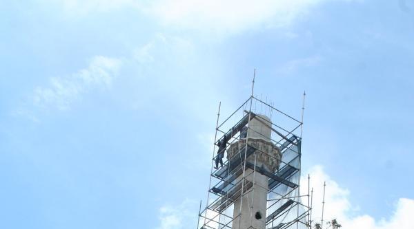 Tarihi Caminin Minaresi Yıkılıp Aslına Uygun Yapılacak