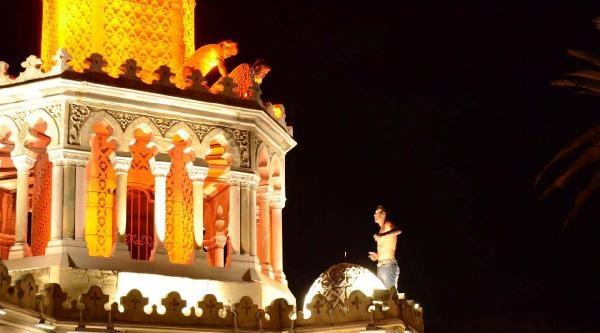 Tarihi Saat Kulesi'nde İntihar Girişimi