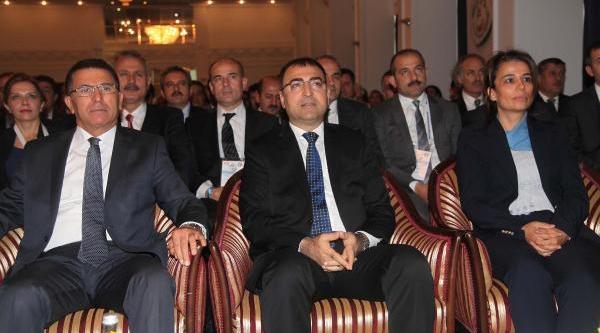 Tarim Ve Gida Sektörünün Geleceği Izmir'de Masaya Yatirildi
