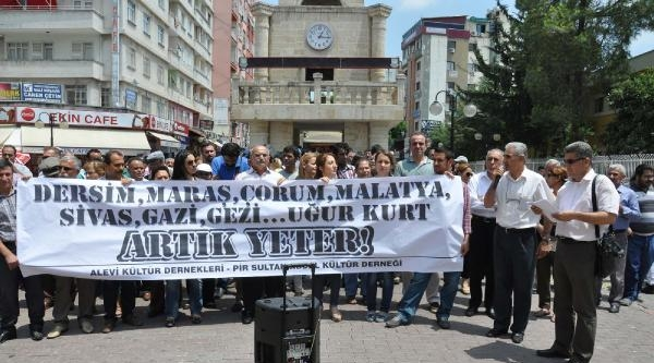 Tarsus'ta Alevilerden Uğur Kurt Eylemi