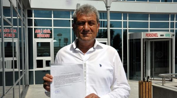 Tarsus'ta Bayrak İndirmeye Suç Duyurusu
