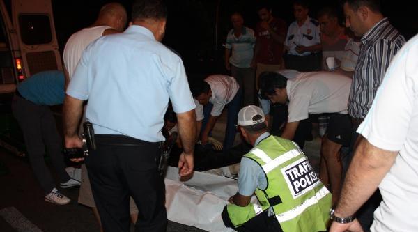 Tarsus'ta Otomobilin Çarptiği Yaşlı Kadın Öldü